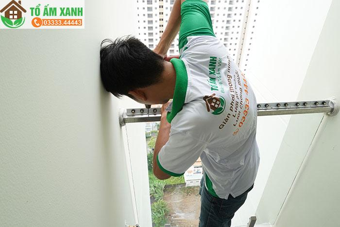 lắp đặt lưới an toàn cửa sổ bảo vệ chung cư